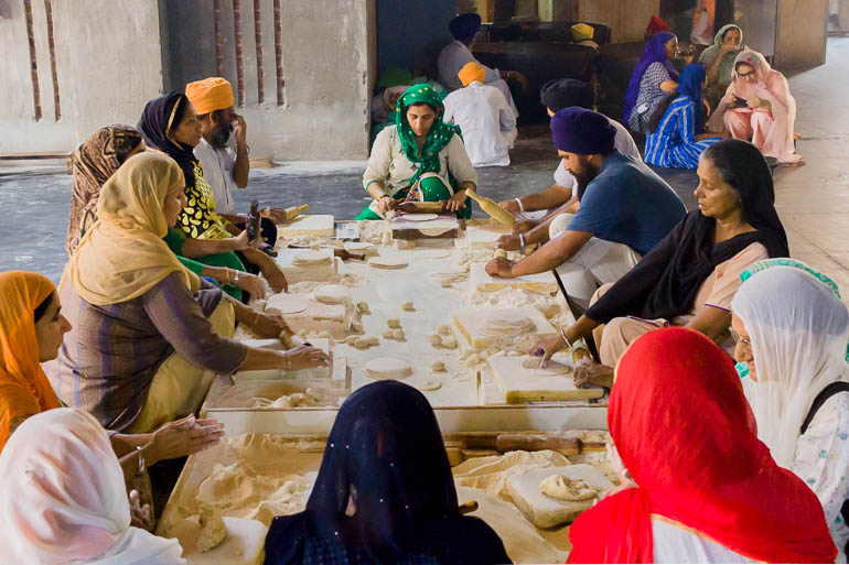 volunteers working in the Golden Temple kitchen