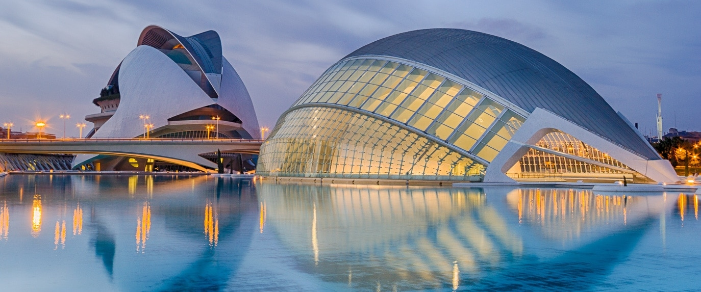 Foto de capa com o Cidade das Artes e da Ciência - Guia de Viagem para Valência