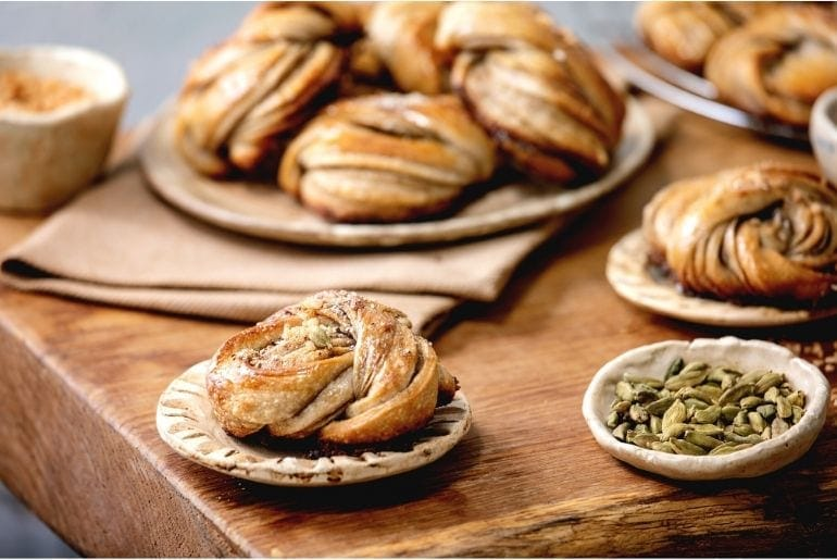 pastries with cardamom