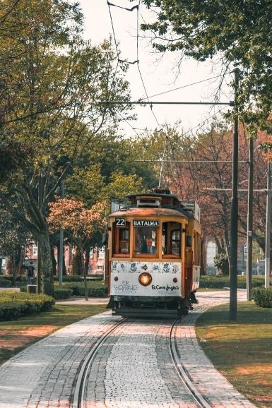 Electric Tram - Porto Travel Guide