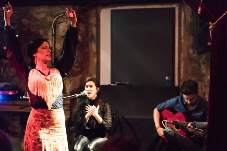 Best things to do in Barcelona: going to a Flamenco Session