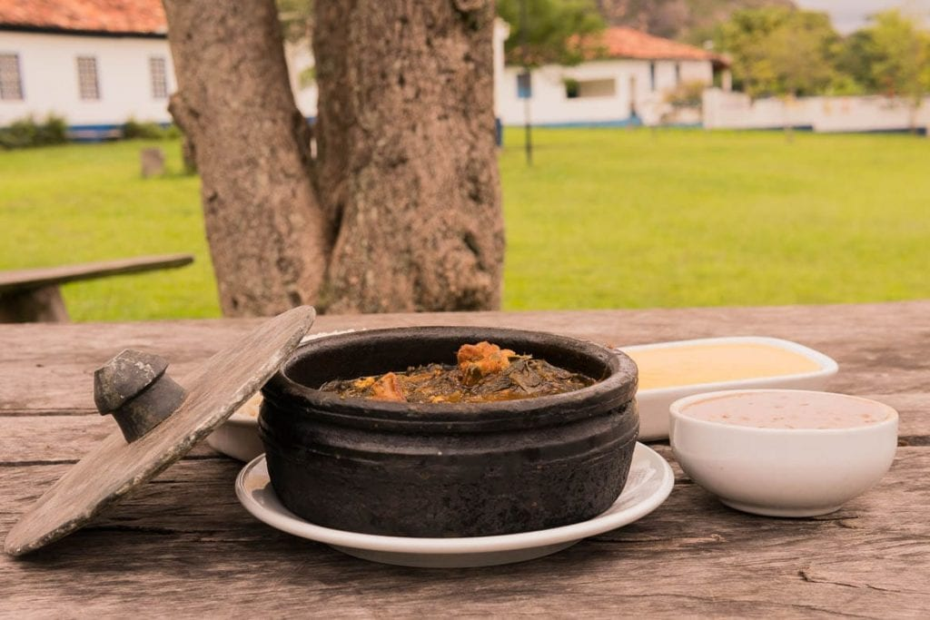 almoço típico Mineiro na vila do Biribiri em Diamantina