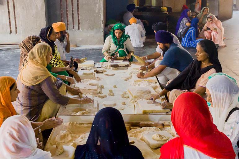 volunteers working in the Golden Temple kitchen