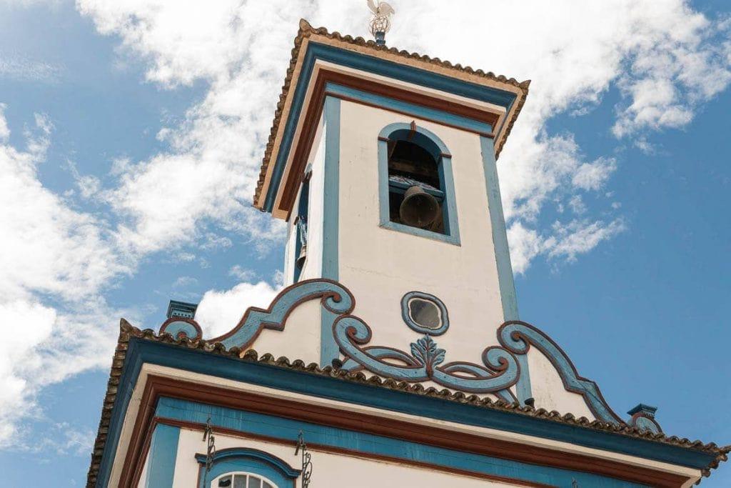 igreja azul e branca em Diamantina Minas Gerais
