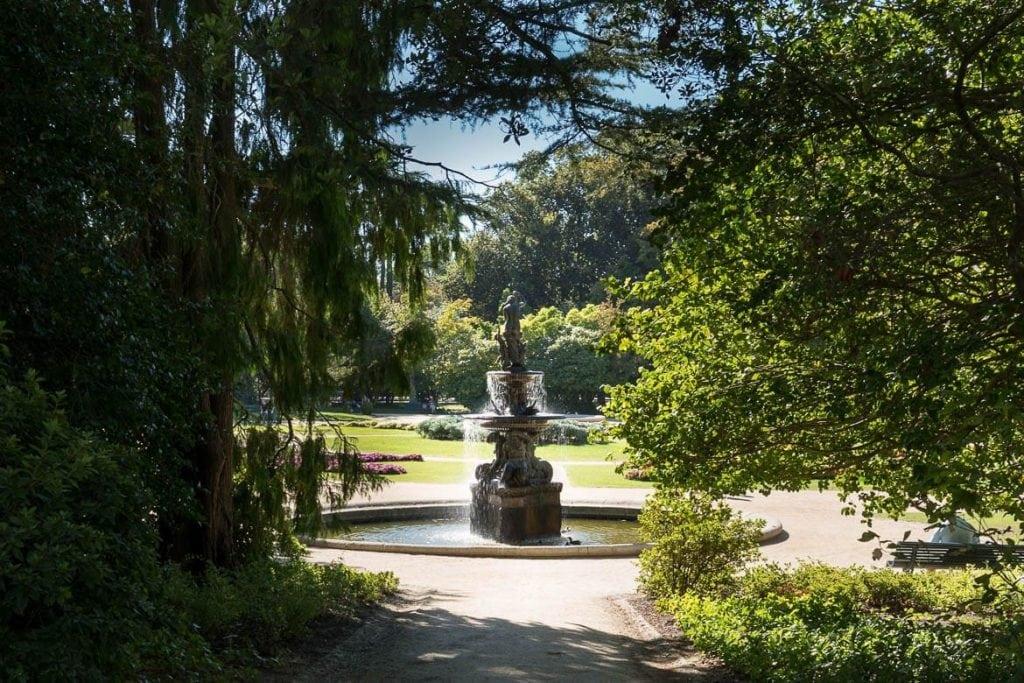 entrada para o jardim do palácio de cristal
