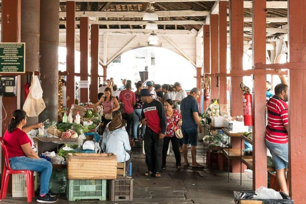 interior do mercado velho dos tropeiros em Diamantina Minas Gerais