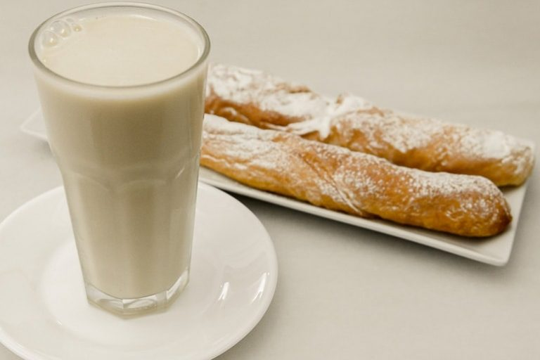 Horchata de Chufas, a traditional tigernuts drink