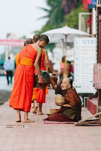 senhora budista na ronda das almas