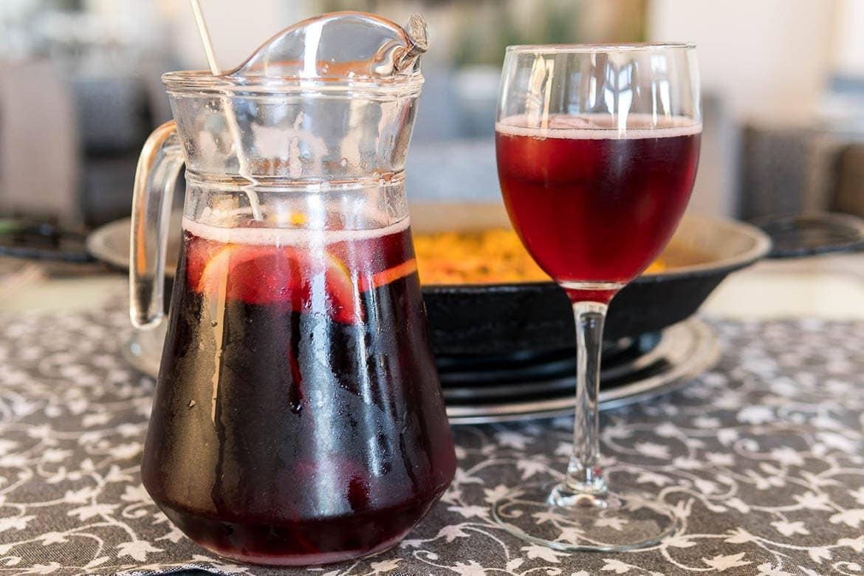 Jarro com Sangria, uma bebida típica da Espanha e de Portugal