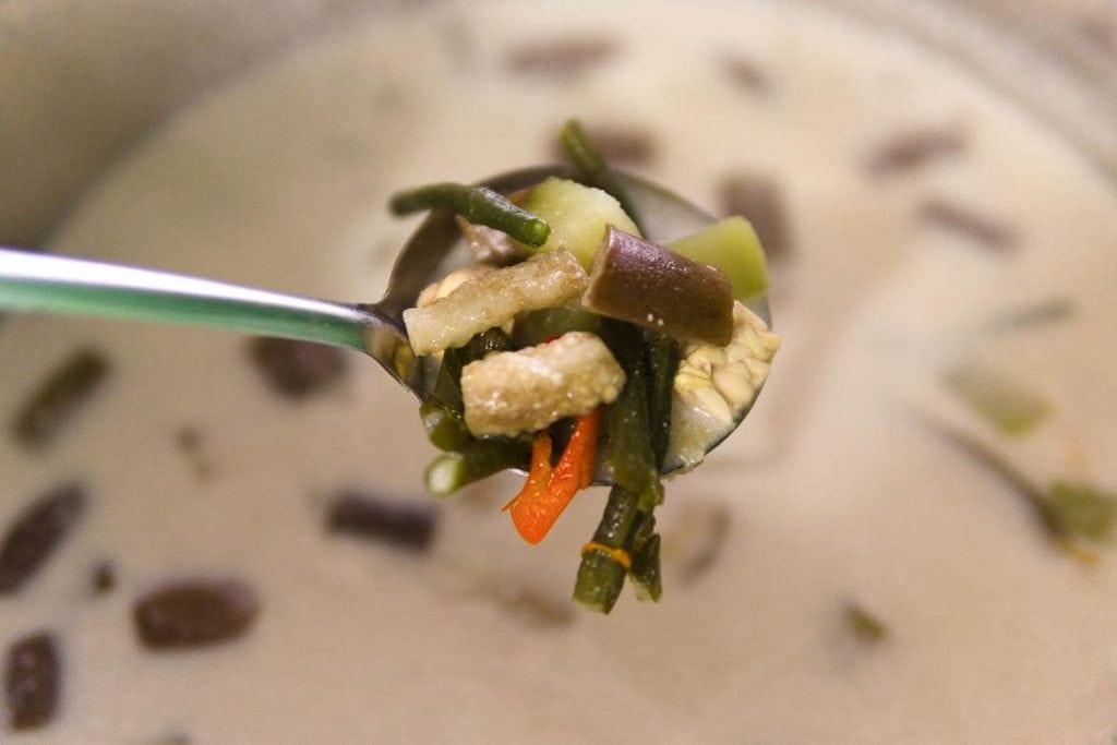 sopa de legumes da Indonésia