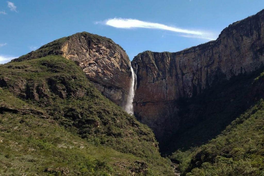 cachoeira do tabuleiro na Serra do Cipó em Minas Gerais