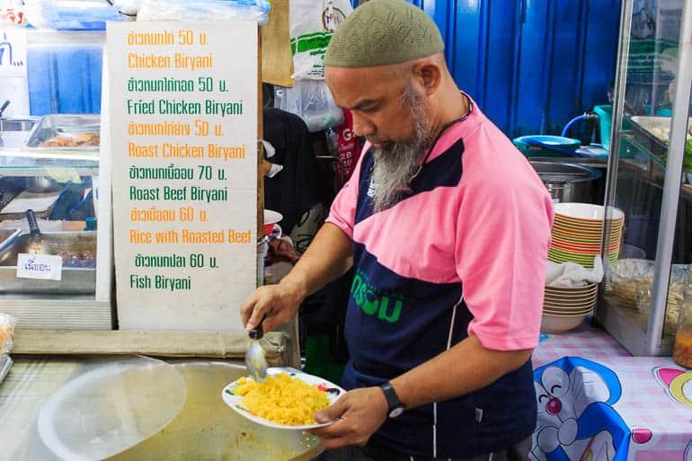 food stall selling thai biryani