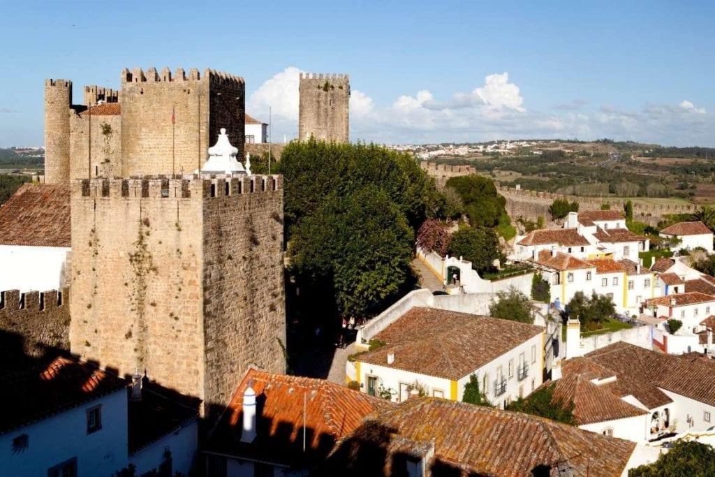 Torre do Castelo de Óbidos, um destino no centro de Portugal
