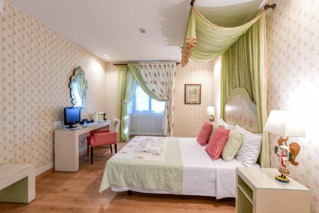 Photo of Casa de São Mamede Hotel bedroom