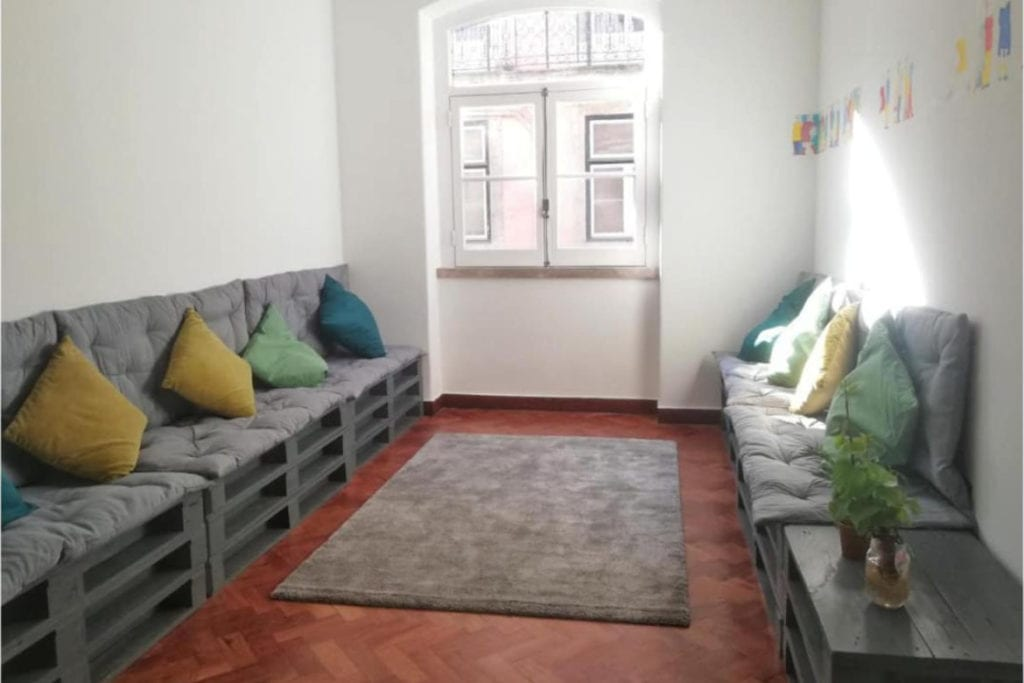 Photo of Draft & Rooms living room
