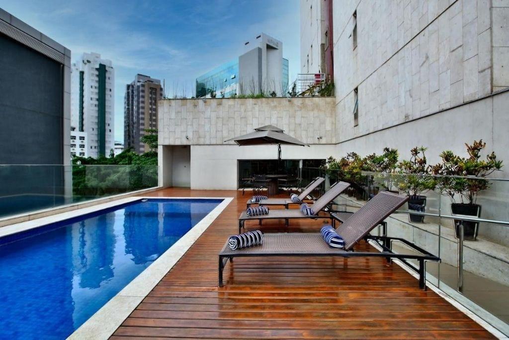 outdoor swimming pool at hotel ramada belo horizonte