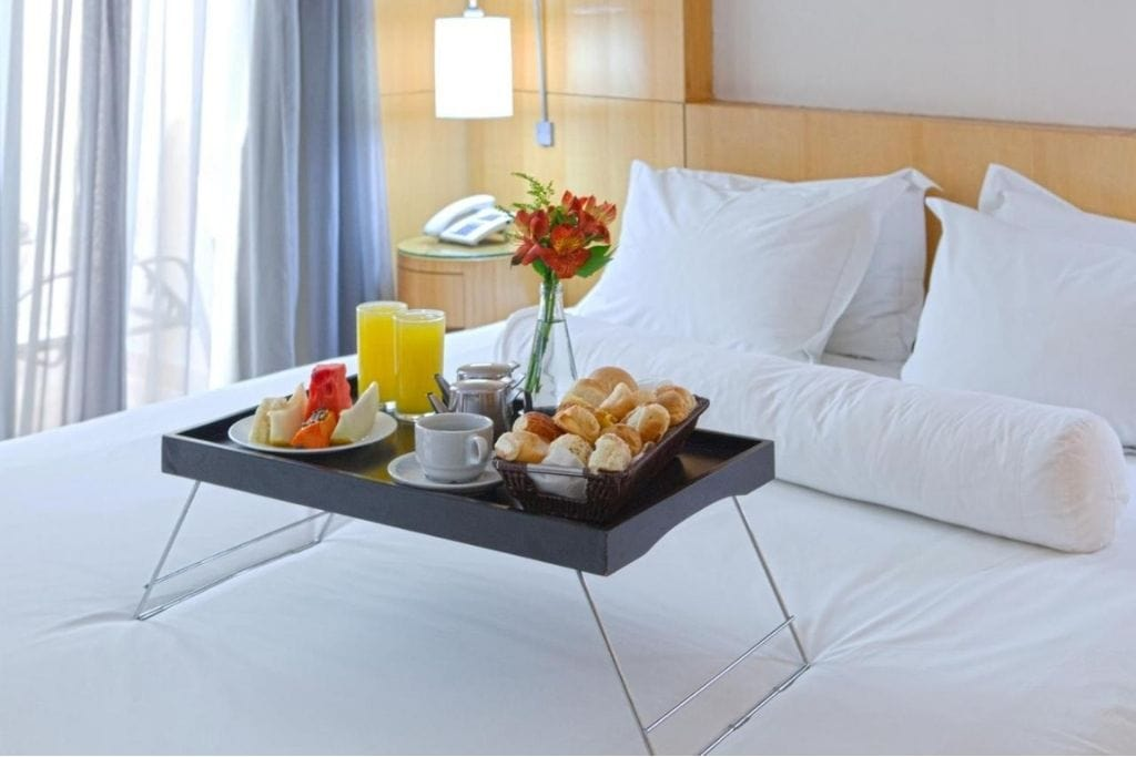 breakfast served in a double room at royal golden hotel in belo horizonte