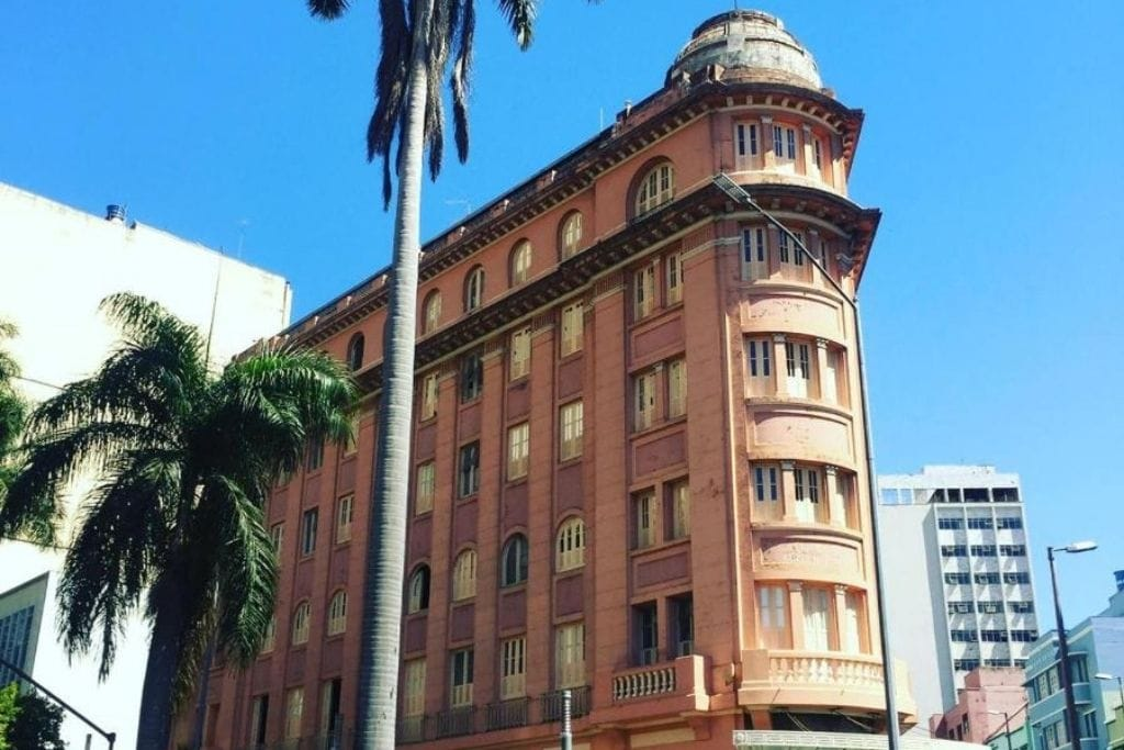 outside building architecture of Sul America Palace hotel in Belo Horizonte