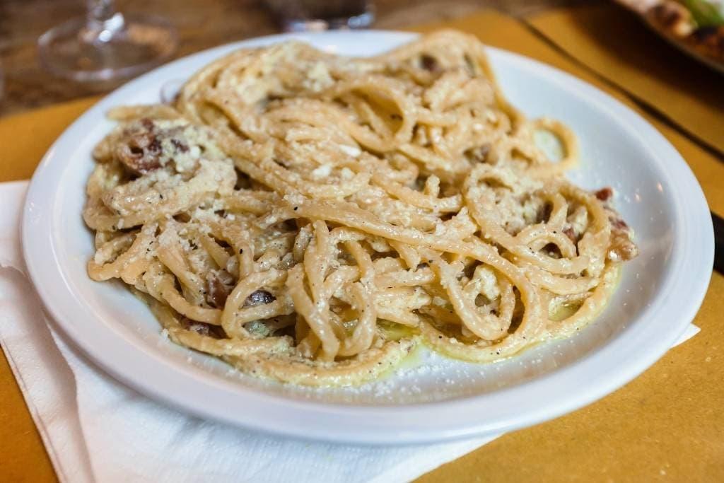 Spaghetti alla carbonara, typical food in Rome