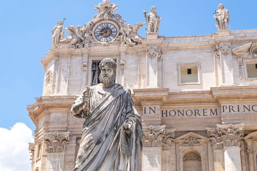 statue of saint peter in vatican, rome