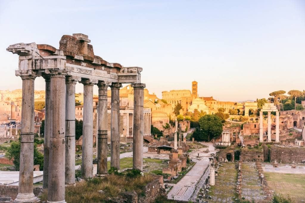 temple of saturn in roman forum, best things to do in Rome