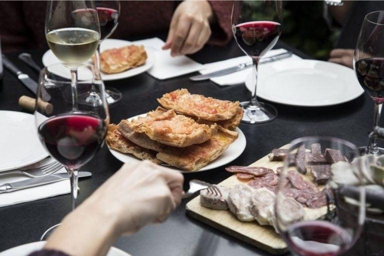 Barcelona Wine and Gourmet Tapas Tour