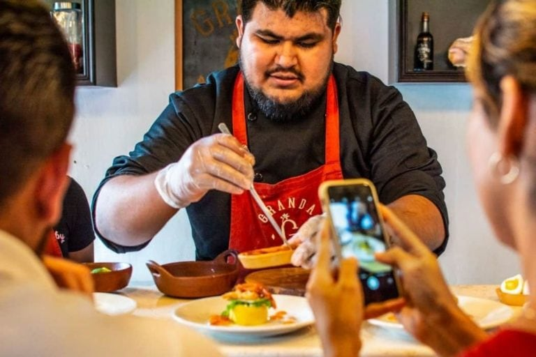 Lima Ultimate Peruvian Food Tour in the Artsy Barranco