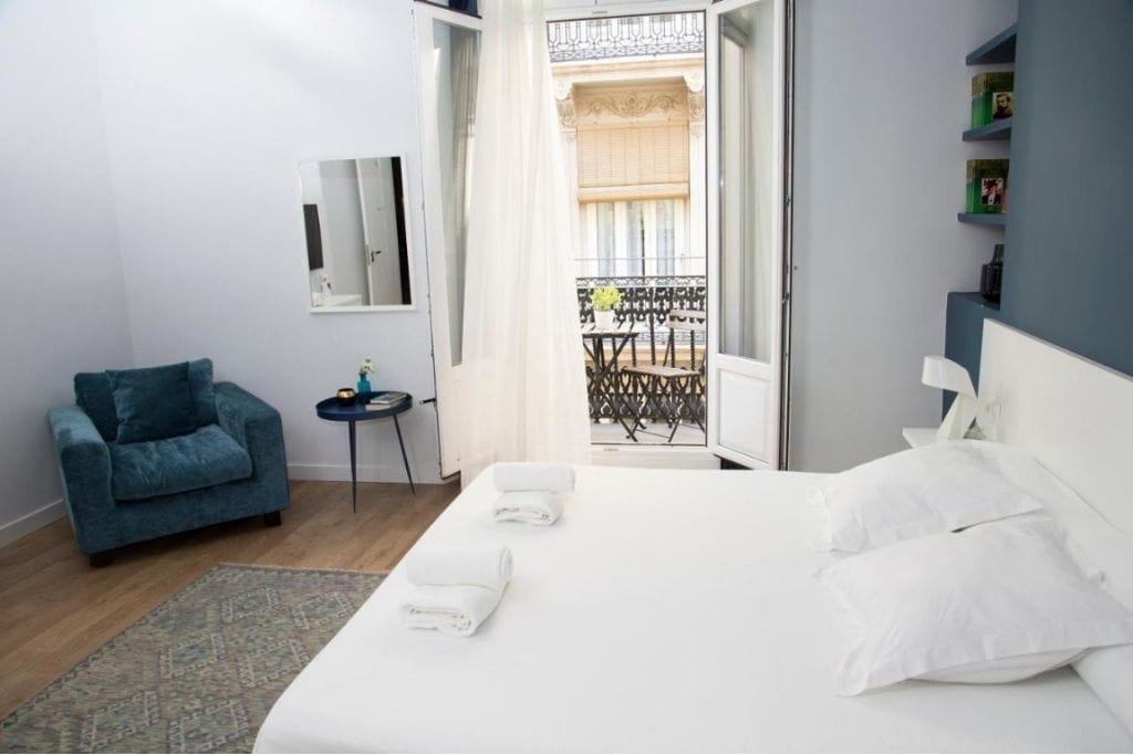double room with balcony at l'esplai valencia