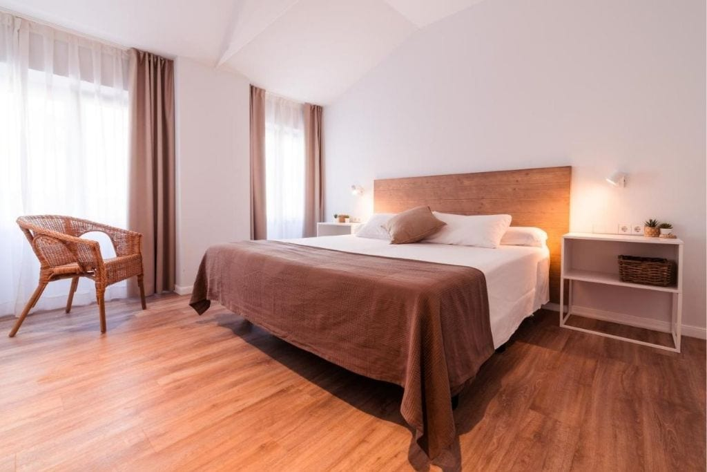 double room at lindala hotel in valencia